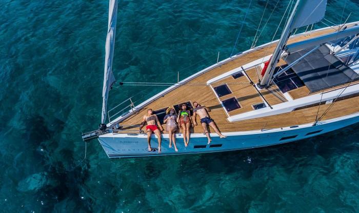 Trouwen op zee op een persoonlijk huwelijk Privéjacht – Charmante boothuwelijken zijn betaalbaar en ook plezierig!