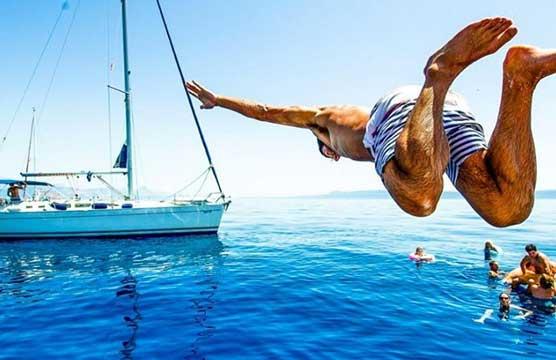 Private Yacht Charter waarmee u een verscheidenheid aan locaties kunt ontdekken Deluxe, privacy en ook comfort